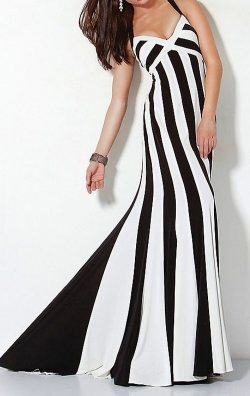 Siyah Beyaz Uzun Elbise