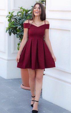 Bordo Askılı Kalp Yaka Mini Abiye Elbise
