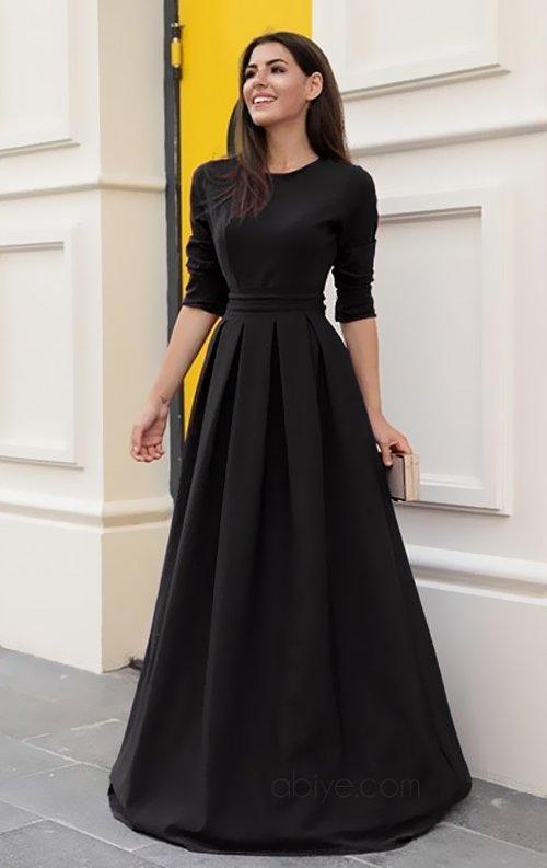 Siyah Uzun Pileli Abiye Elbise