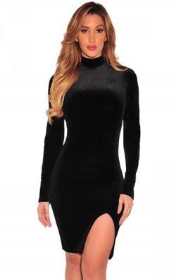 Uzun Kol Yırtmaçlı Mini Kadife Elbise