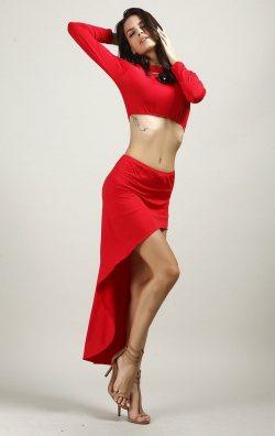 Kırmızı Uzun Kollu İki Parça Asimetrik Elbise