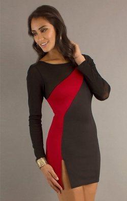 Bacak Yırtmaçlı Asimetrik Mini Elbise