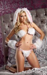 Beyaz Tüylü Tavşan Kostümü