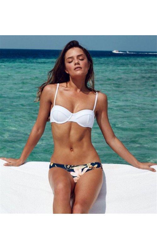 Üstü Beyaz Altı Renkli Özel Tasarım Bikini