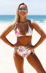 Çiçekli Şık Bikini Üstü