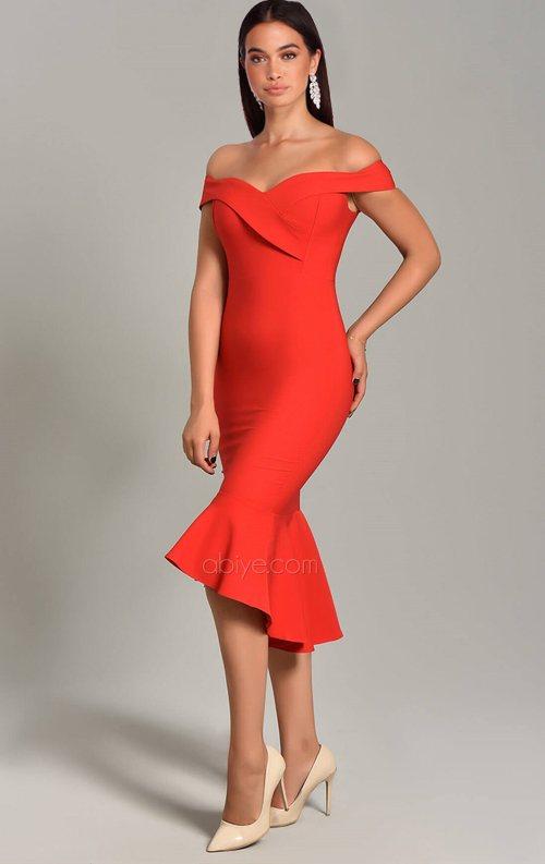 Kırmızı Eteği Volanlı Kayık Yaka Midi Abiye Elbise