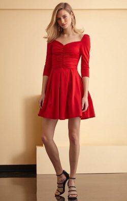 Kırmızı Uzun Kol Kloş Kısa Abiye Elbise