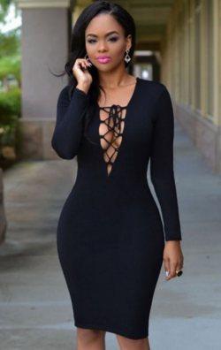 Göğüs Dekolteli Mini Elbise