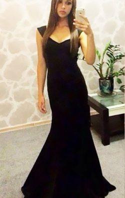 Uzun April Abiye Elbise