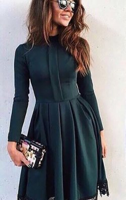 Kloş Etekli Yeşil Elbise