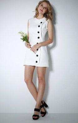 Düğmeli Beyaz Elbise
