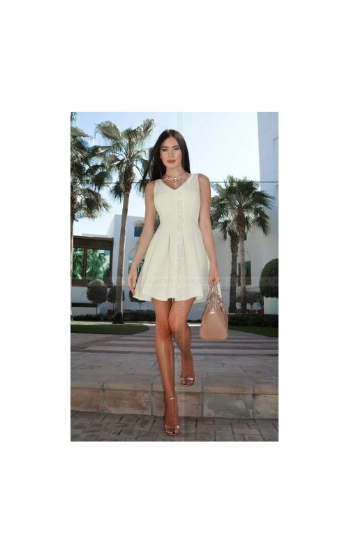 Kolsuz Model Stil Kloş Elbise