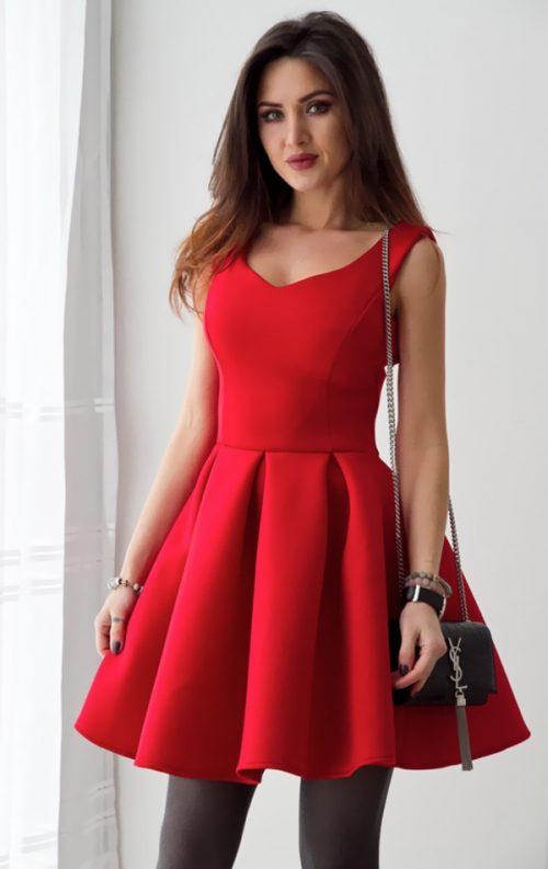 Kolsuz Tarz Kloş Elbise