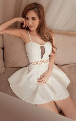 Göbek dekolteli japon style elbise