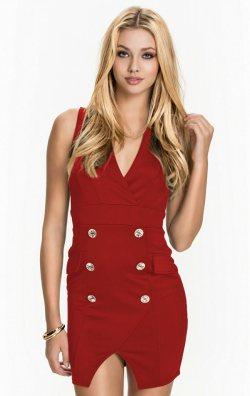 Kolsuz Düğme Detaylı Elbise