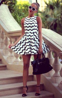 Siyah Beyaz Zigzag Elbise