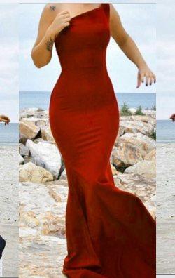 Tek Omuz Kırmızı Balık Elbise