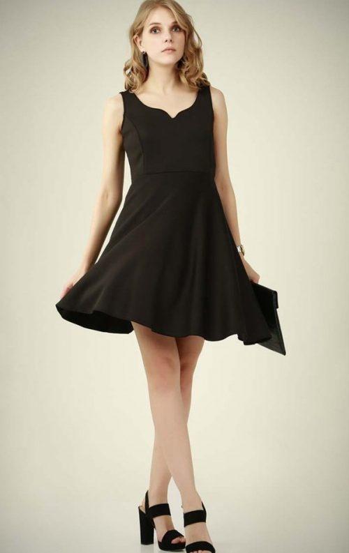 V Yaka Siyah Kabarık Elbise