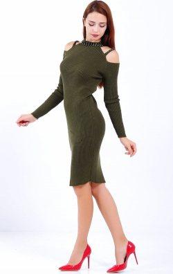 Taşlı omuz detaylı triko elbise