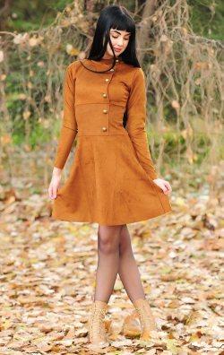 Düğme Detaylı Hardal Nubuk Elbise