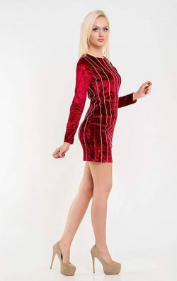 Parlak Taş Detay Kırmızı Kadife Elbise