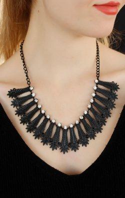 Siyah Metalik Tasarım Bayan Kolye