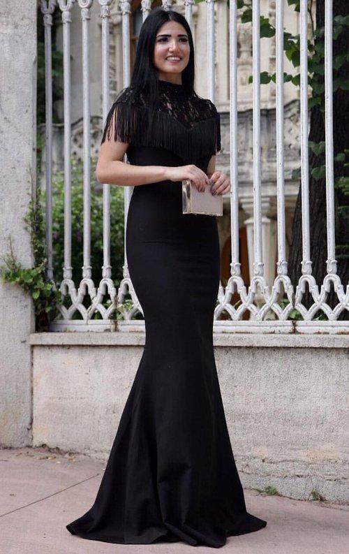 Püsküllü Siyah Balık Abiye Elbise